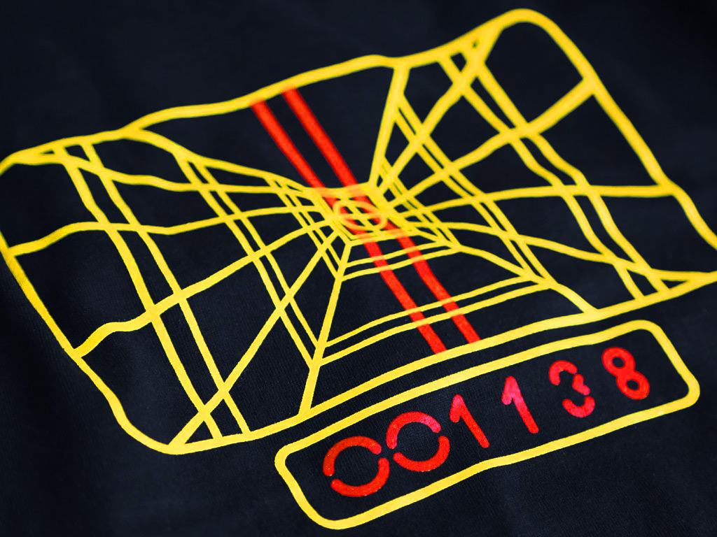 Black t shirt target - Enlarge